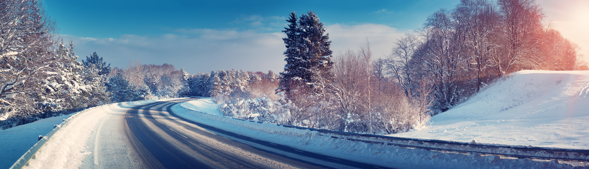 The Ultimate List of Winter Driving Tips Header Image