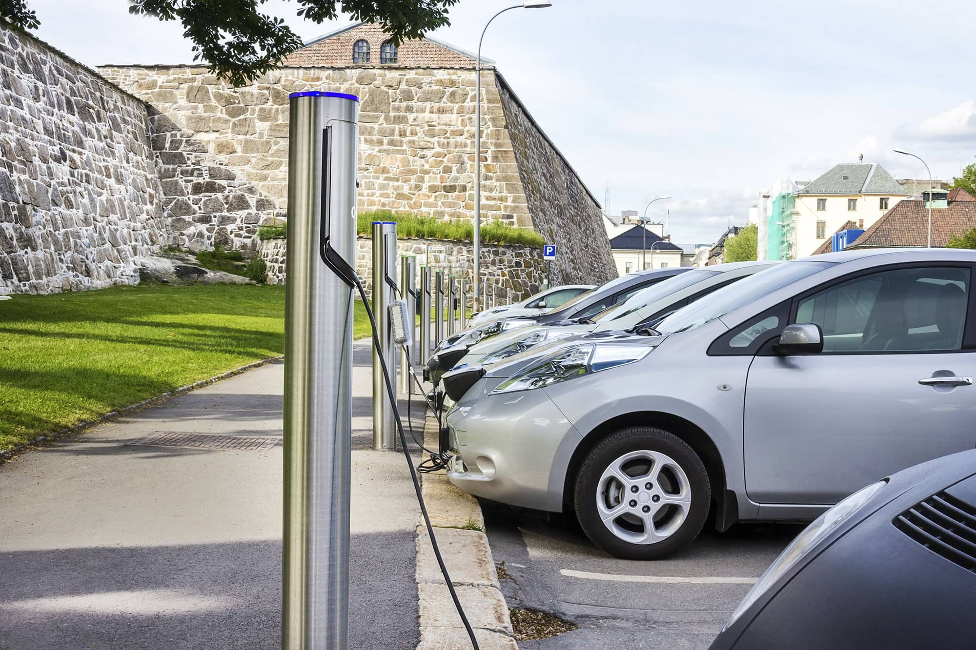 Hybrid & Electric Business Car Insurance Header Image