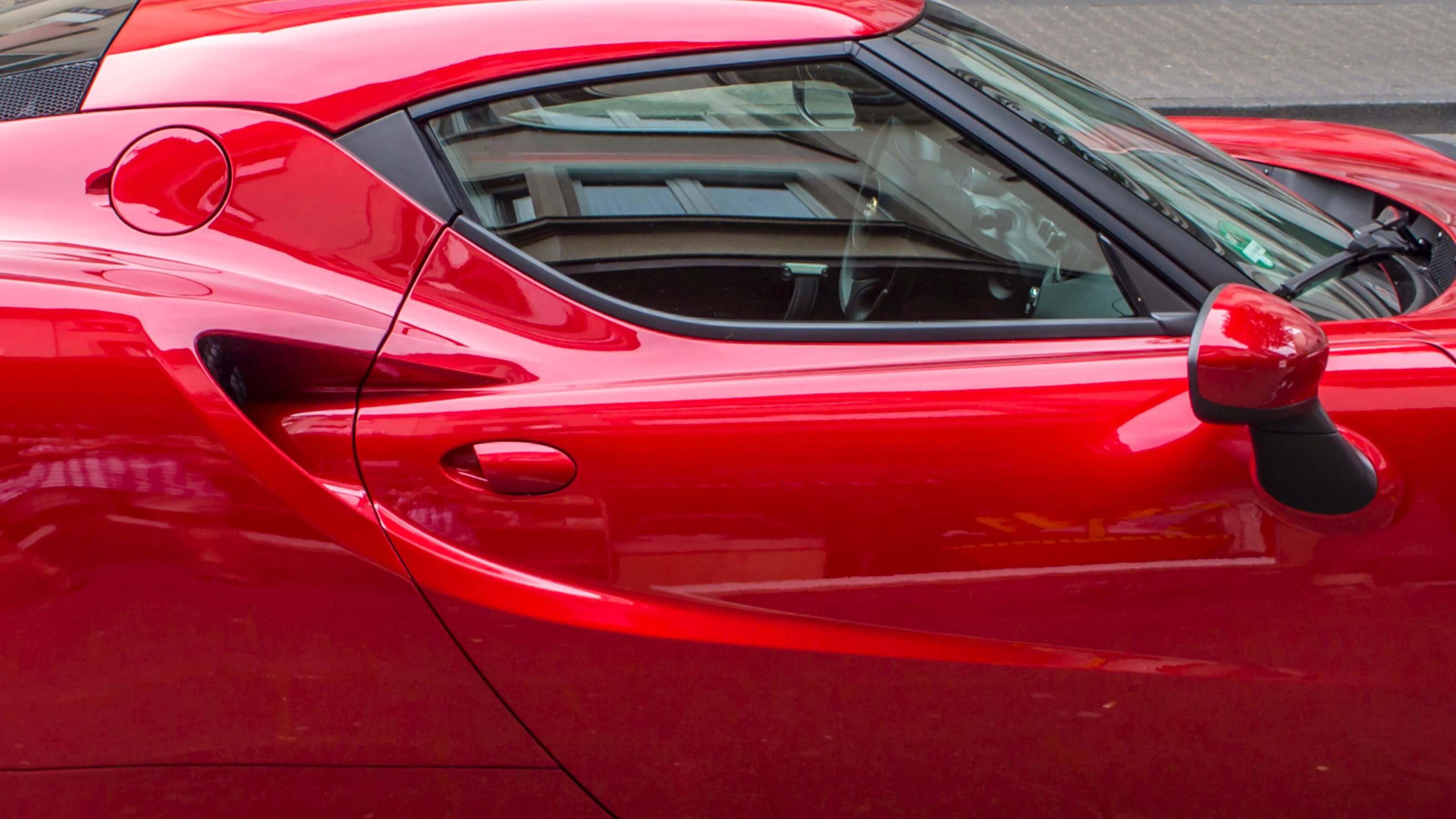 Alfa Romeo 4C Car Insurance Header Image