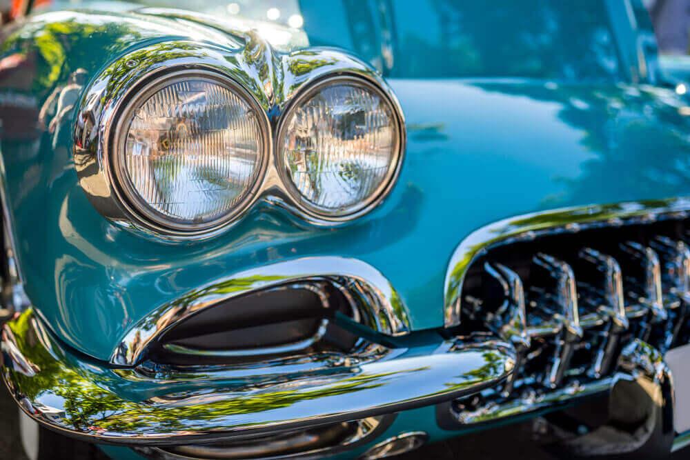 Celebrity auction car